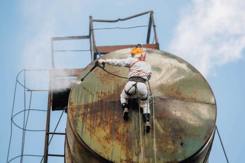 Reasons to carry out tank cleaning and maintenance